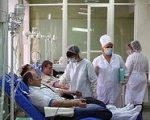 И сразу заговорили, что сдача крови теперь станет безвозмездной, доноров будут просто.